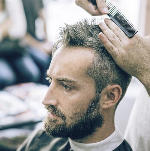 Praktische-Frisuren-Geheimratsecken