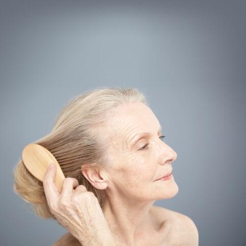 Die Masken für und die Vitamine für den Haarwuchs